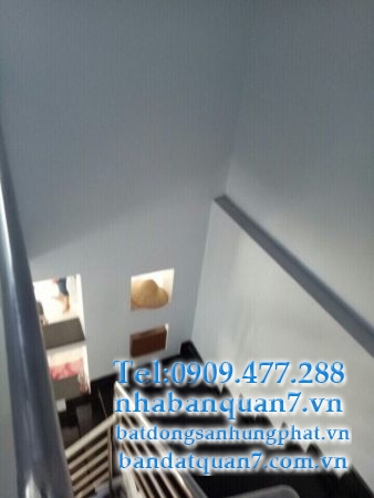 bán nhà hẻm 160 Nguyễn Văn Quỳ quận 7