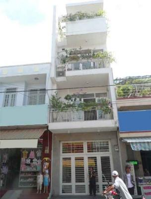 Bán đất mặt tiền đường Trần Xuân Soạn, Quận 7