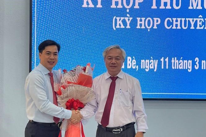 Ông Triệu Đỗ Hồng Phước giữ chức Chủ tịch UBND huyện Nhà Bè